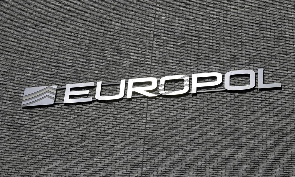 Sexualverbrecher gesucht – Europol bittet um Hinweise aus der Bevölkerung