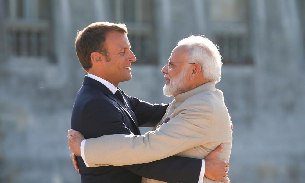 """Mohammed-Karikaturen: """"Ich stehe für Frankreich"""" ist neuer Trend auf Twitter in Indien"""