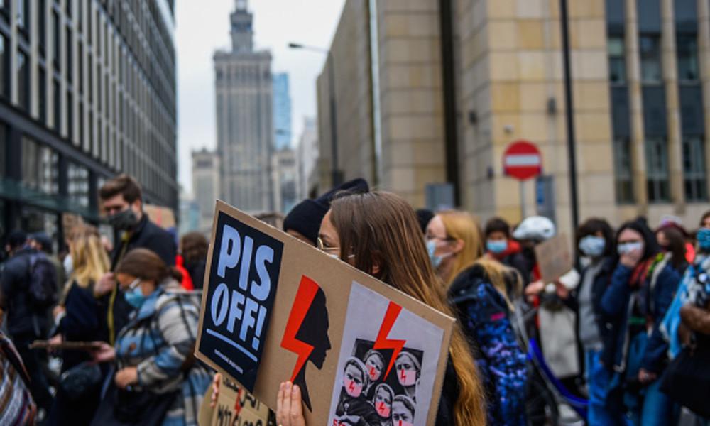 Polen: Landesweiter Streik gegen Abtreibungsverbot