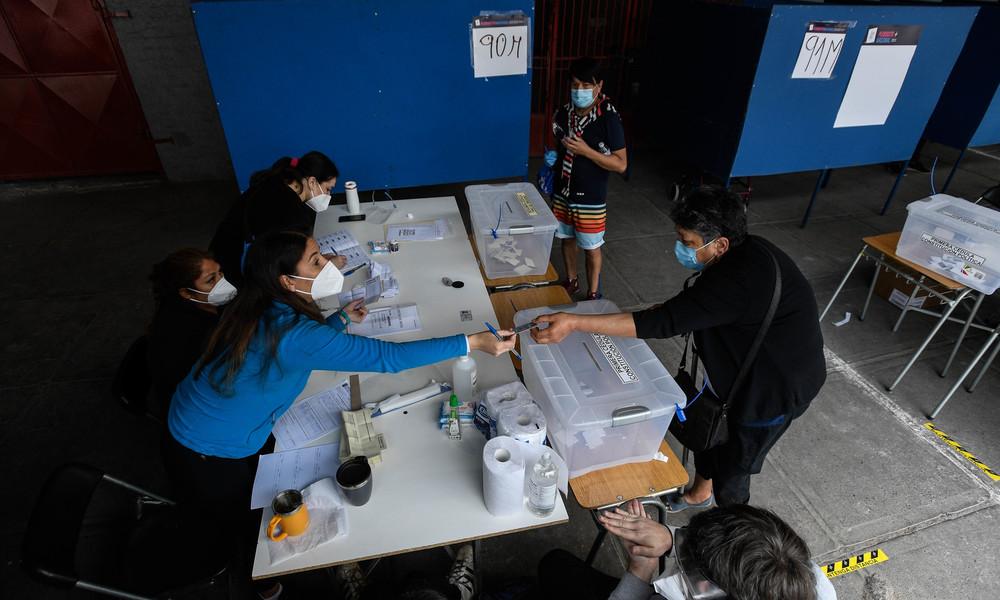 Chile: Verfassungsreferendum, Putschgefahr und partizipative Demokratie als Zukunftsmodell