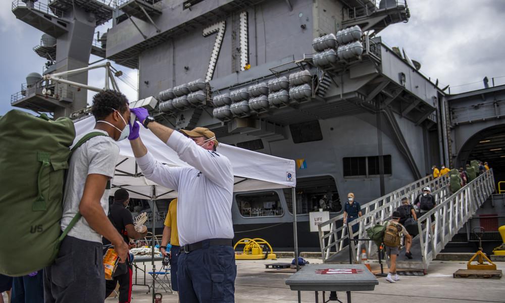 Corona-Ausbruch auf Flugzeugträger: Freigegebene E-Mails belegen Ignoranz der US-Navy