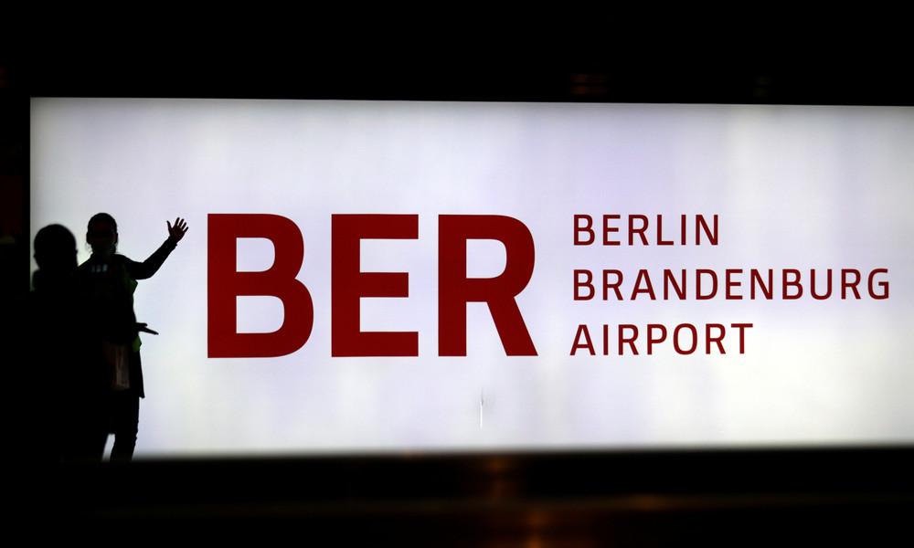 Nach etlichen Genickbrüchen: BER-Flughafen eröffnet ohne Fanfare am 31. Oktober