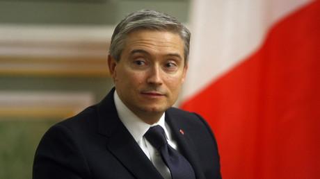 Kanadas Außenminster ordnete nach der Beteiligung der Türkei im Bergkrabach-Konflikt einen Exportstopp gegen diese an.