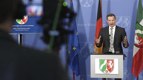 Hendrik Streeck bei einer Pressekonferenz.