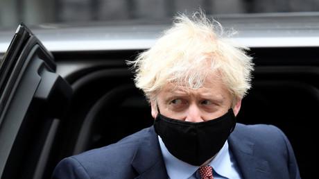 Großbritanniens Premierminister Boris Johnson kehrt in die Downing Street zurück, am 6. Oktober 2020.