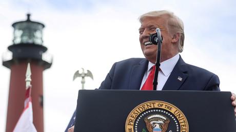 Wird er am Ende zuletzt lachen? Donald Trump während einer Wahlkampfveranstaltung in Florida. (22. Oktober 2020)