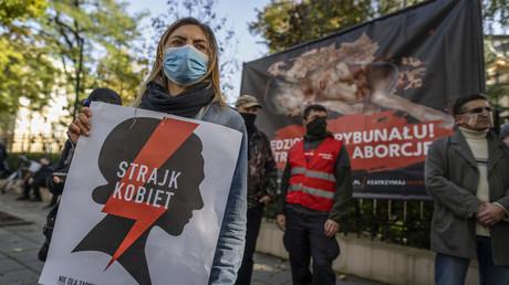 Weitere Verschärfung des Abtreibungsgesetzes in Polen: Künftig sind auch Abtreibungen fehlgebildeter Embryos verboten.