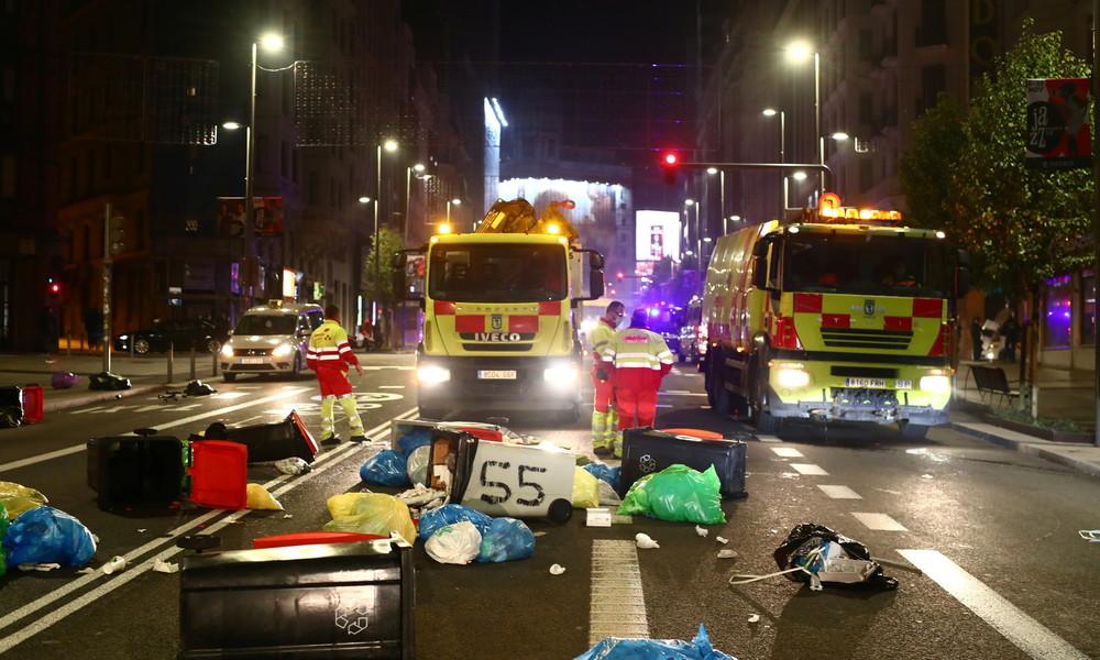 Spanier protestieren gegen Corona-Auflagen: Barrikaden und brennende Mülltonnen in Madrid