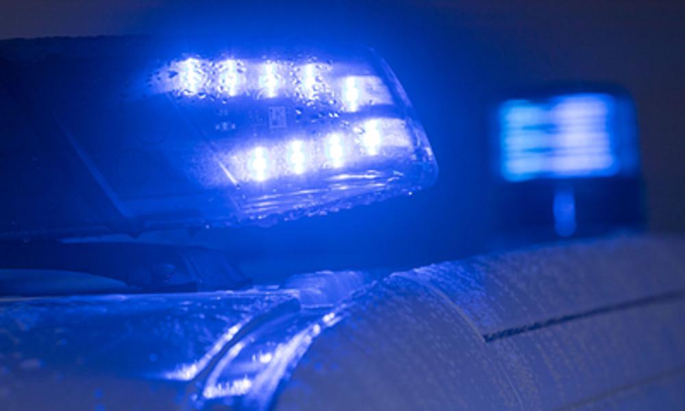 Polizisten in Frankfurt am Main mit Wurfgeschossen attackiert