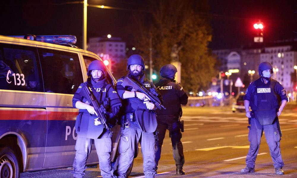 """""""Wir dürfen nicht dem Hass weichen"""" – Reaktionen auf den Terroranschlag in Wien"""