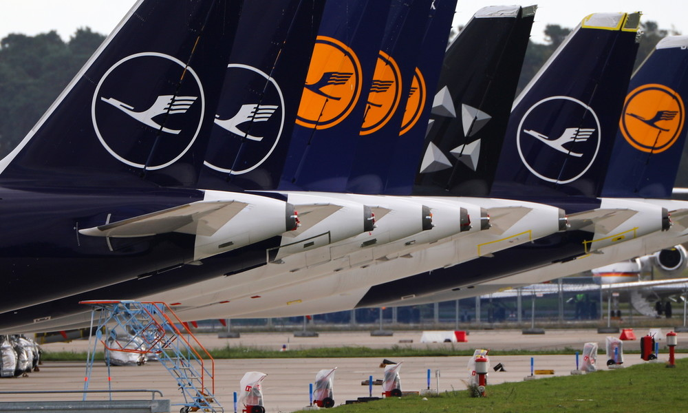 Lufthansa meldet erneut milliardenschweren Quartalverlust wegen Corona-Flaute