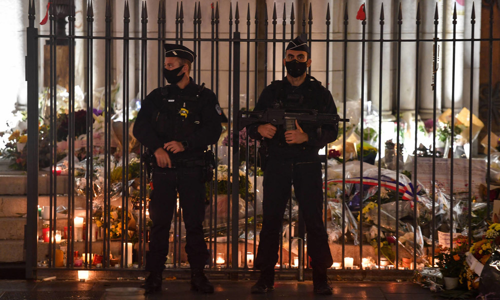 Mutmaßlicher Täter nach Schusswaffenangriff auf Priester in Lyon gefasst