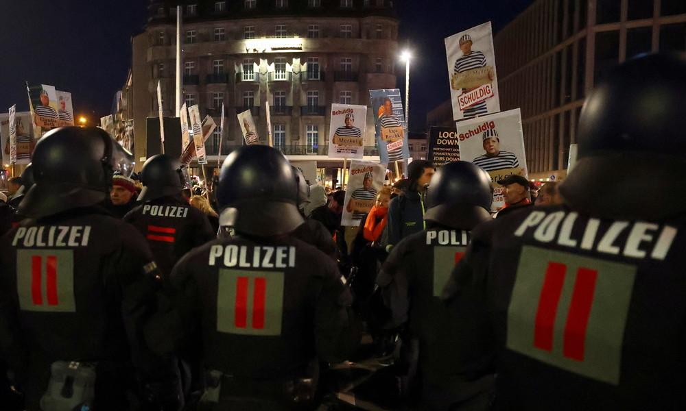 """Nach """"Querdenken""""-Demo in Leipzig: Politiker fordern Aufarbeitung und Konsequenzen"""