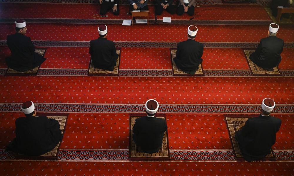 Zur Eindämmung des islamistischen Extremismus: EU-Ratschef will EU-koordinierte Imam-Ausbildung