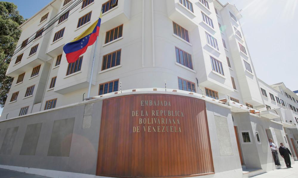 Venezolanische Regierung bekommt Botschaft in Bolivien zurück – ausgeplündert von Guaidó-Team