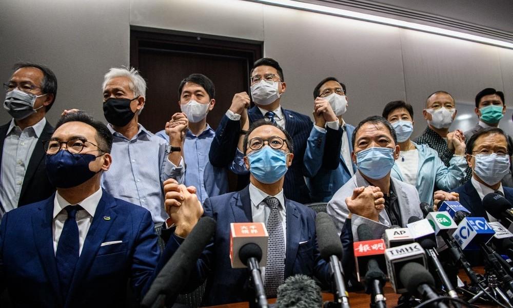 Hongkong: Abgeordnete der Opposition kündigen Rücktritt an