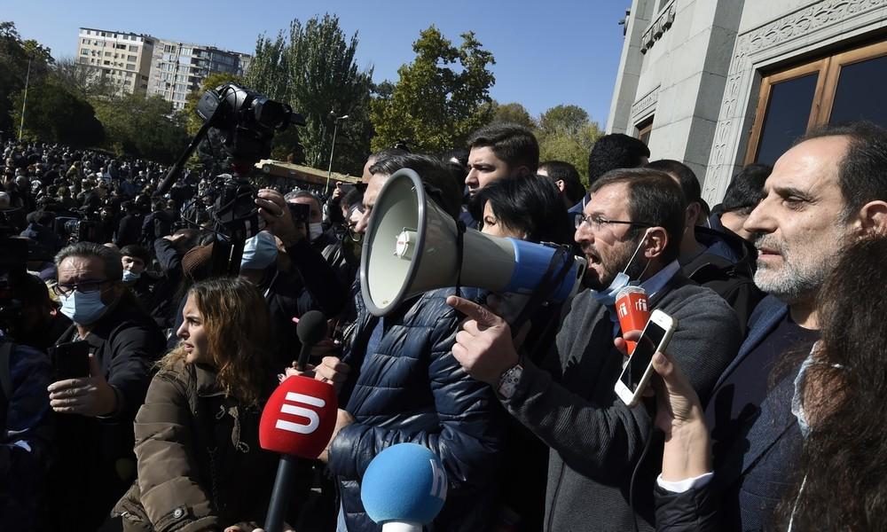 Armeniens Regierungsblock: Opposition soll Alternative für russische Friedenstruppen vorstellen
