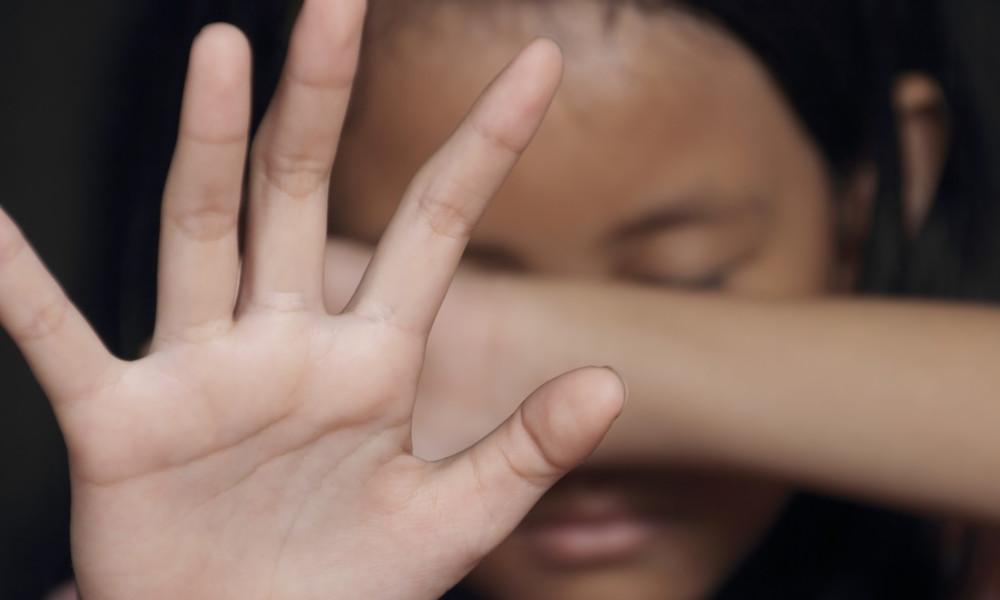 Pakistan: Frau und ihre vierjährige Tochter zwei Wochen lang vergewaltigt – landesweiter Aufschrei
