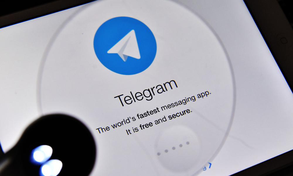 Russische Medienaufsichtsbehörde scheitert bei Telegram-Blockierung – ist nun aber selbst dabei