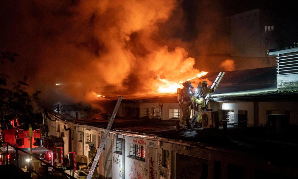 Großeinsatz der Feuerwehr nach Brand in Berliner U-Bahn
