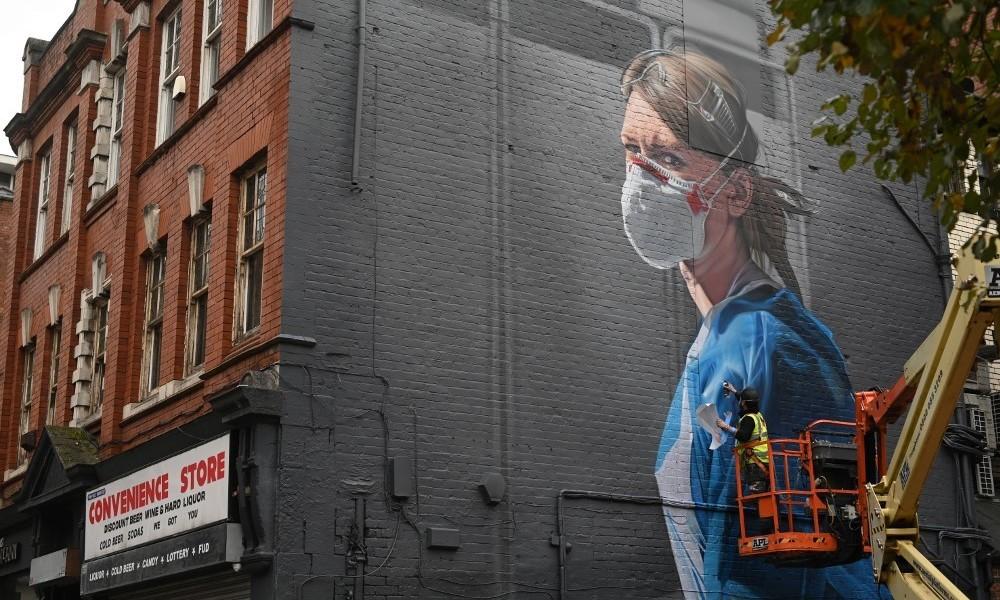 Mehrzahl englischer Pflegekräfte verdient nicht genug für Existenzsicherung
