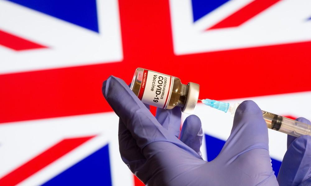 Mundtot machen: Britische Labour-Party fordert hartes Durchgreifen gegenüber Impfgegnern