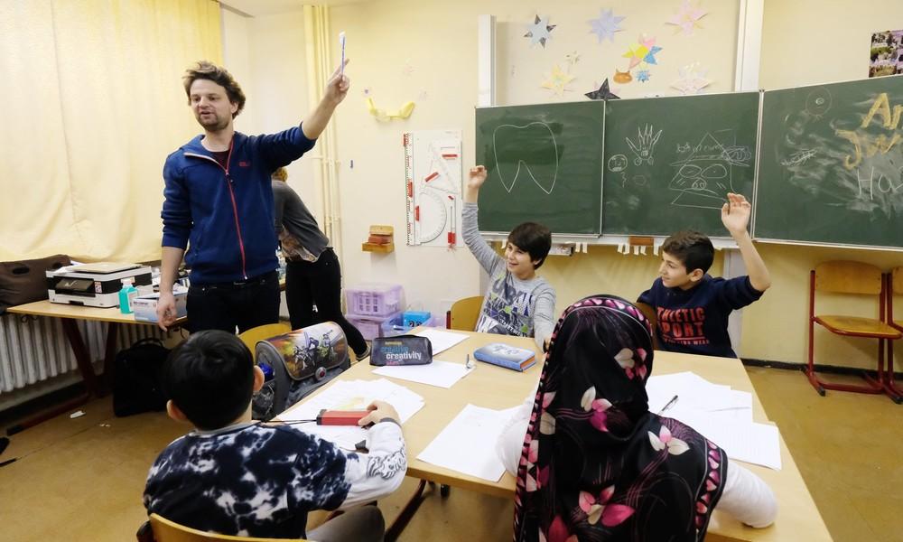 Bundesbildungsministerin Karliczek: Druck muslimischer Schüler auf Lehrer keine Einzelfälle