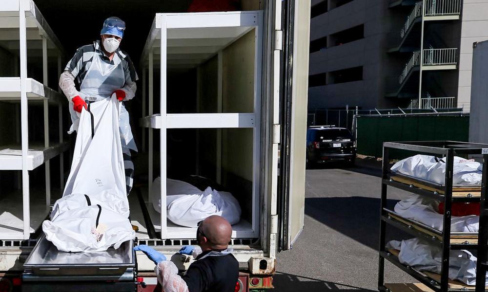 Für zwei US-Dollar pro Stunde: Häftlinge in Texas schaffen COVID-19-Leichen aus dem Gefängnis