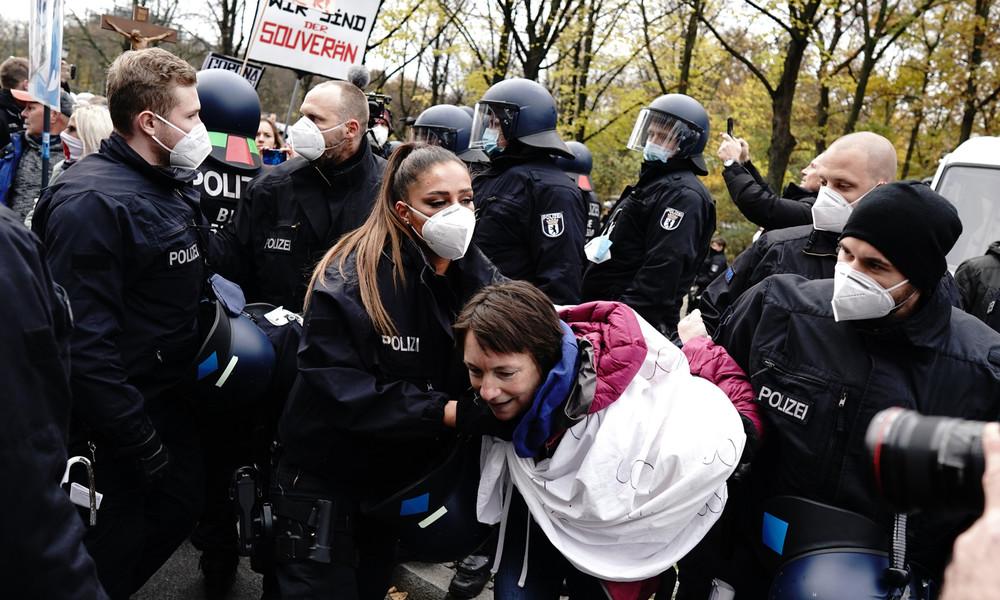 Mehrere Verhaftungen bei Protesten gegen das neue Infektionsschutzgesetz