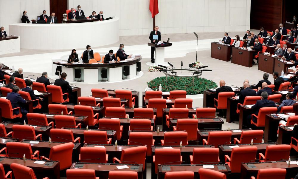 Türkei: Parlament stimmt für die Entsendung von Friedenstruppen nach Aserbaidschan