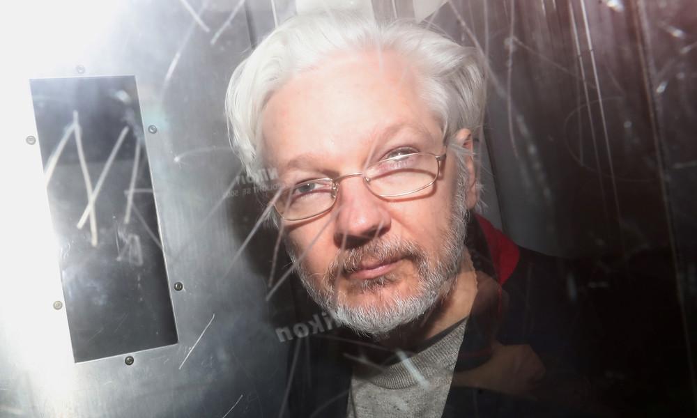 Gefängnis Belmarsh verhängt harte Corona-Maßnahmen: Julian Assanges Partnerin fürchtet um sein Leben