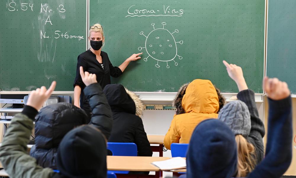 Maulkorb mit Mundschutz: Schulleiter in Münster sollen Probleme an Schulen verschweigen
