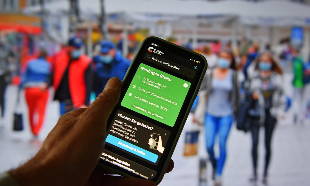 Für Menschen ohne Smartphone: Testlauf für Corona-Warn-Armband in Kiel