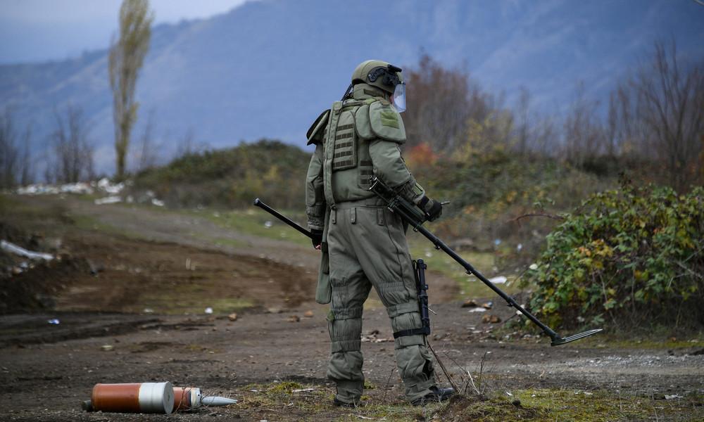 Russischer Friedenssoldat bei Minenexplosion in Bergkarabach verletzt