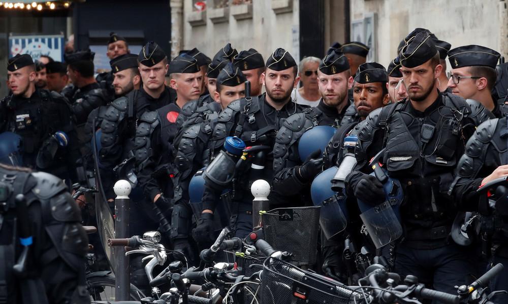 Polizei räumt illegales Zeltlager von 450 Migranten in Pariser Innenstadt
