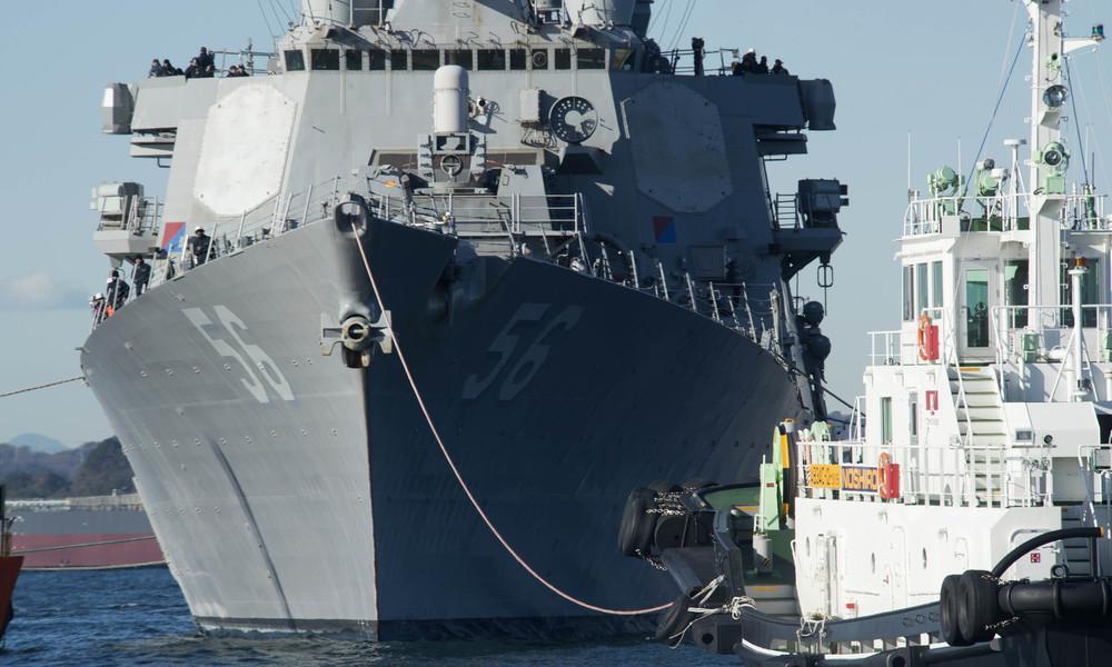 Russisches Kriegsschiff verdrängt US-Zerstörer USS John McCain aus russischen Territorialgewässern