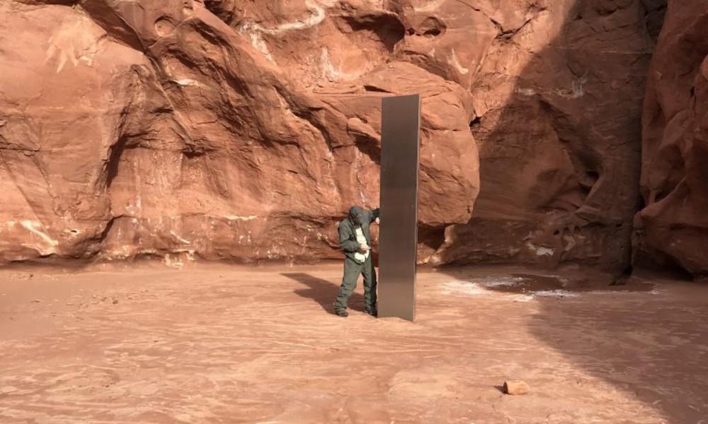 Mysteriöse Metallsäule in Felsenlandschaft: Fund in Utah wühlt soziale Netzwerke auf