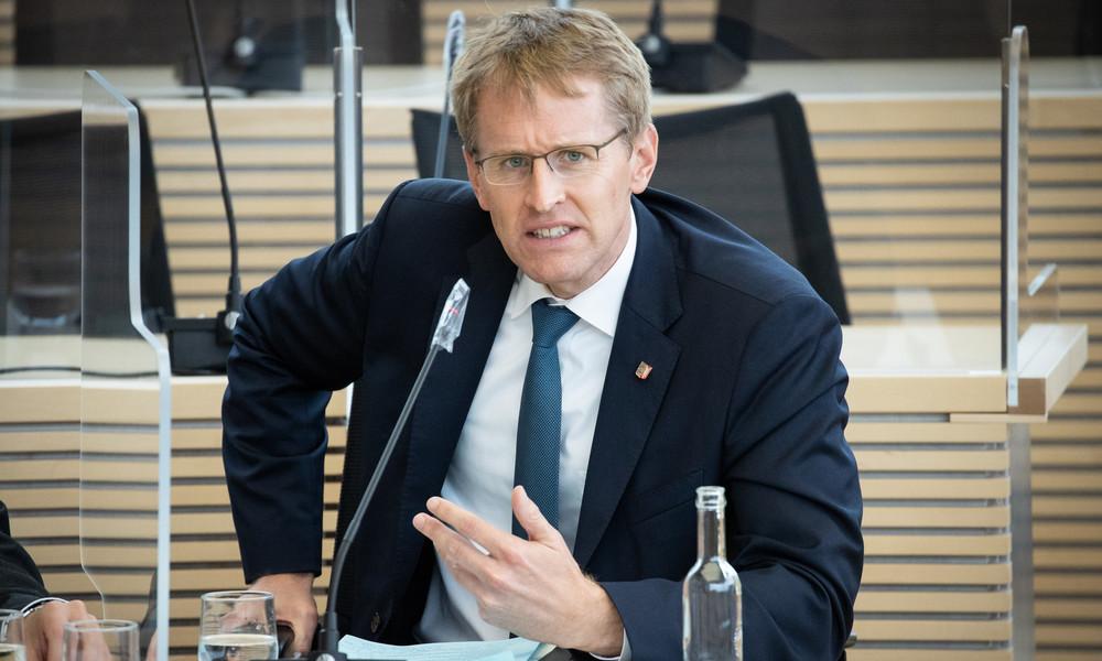 LIVE: Regierungserklärung von Ministerpräsident Günther zu Corona-Sonderweg in Schleswig-Holstein