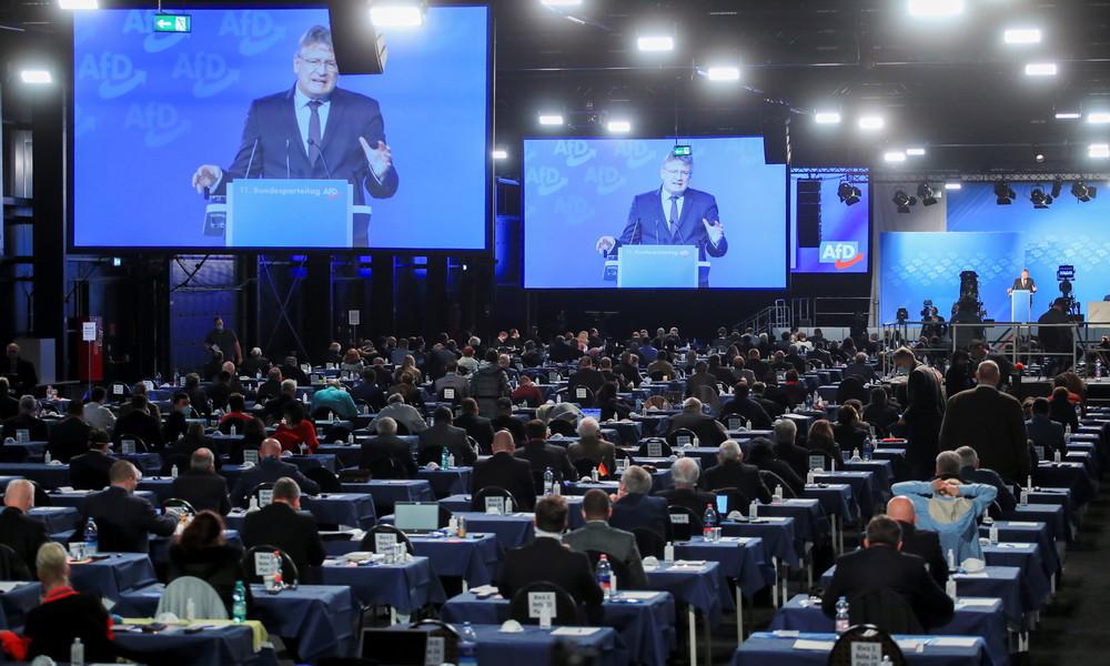 AfD beschließt sozialpolitisches Konzept – Meuthen fordert Parteidisziplin und warnt vor Scheitern