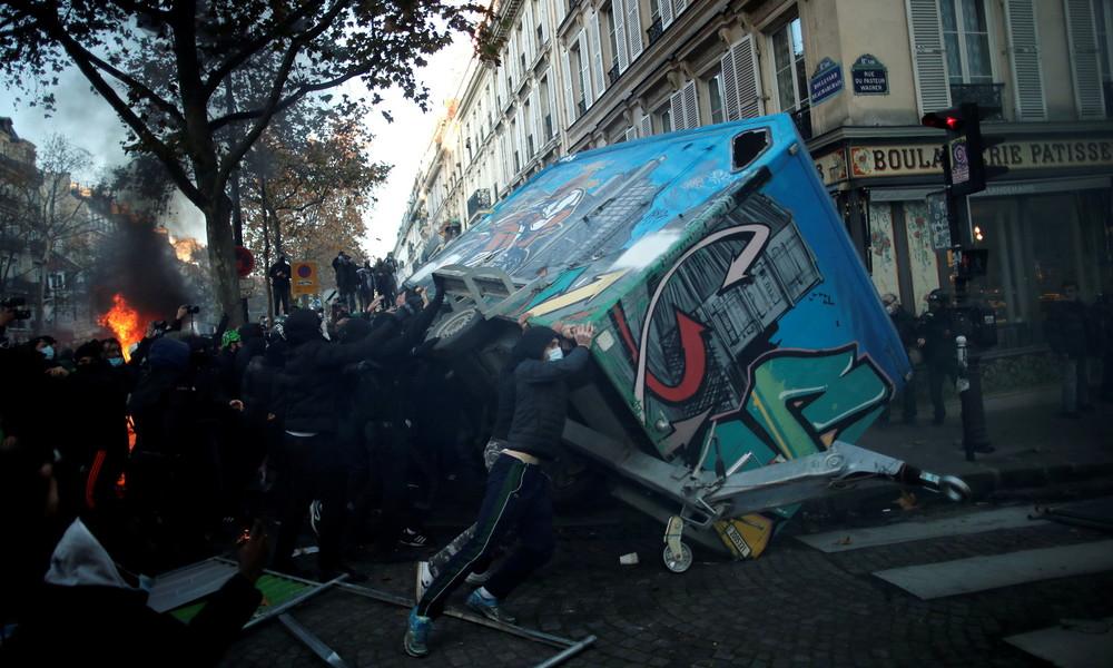 Proteste gegen Sicherheitsgesetz in Frankreich: Über 80 Festnahmen und über 60 verletzte Polizisten