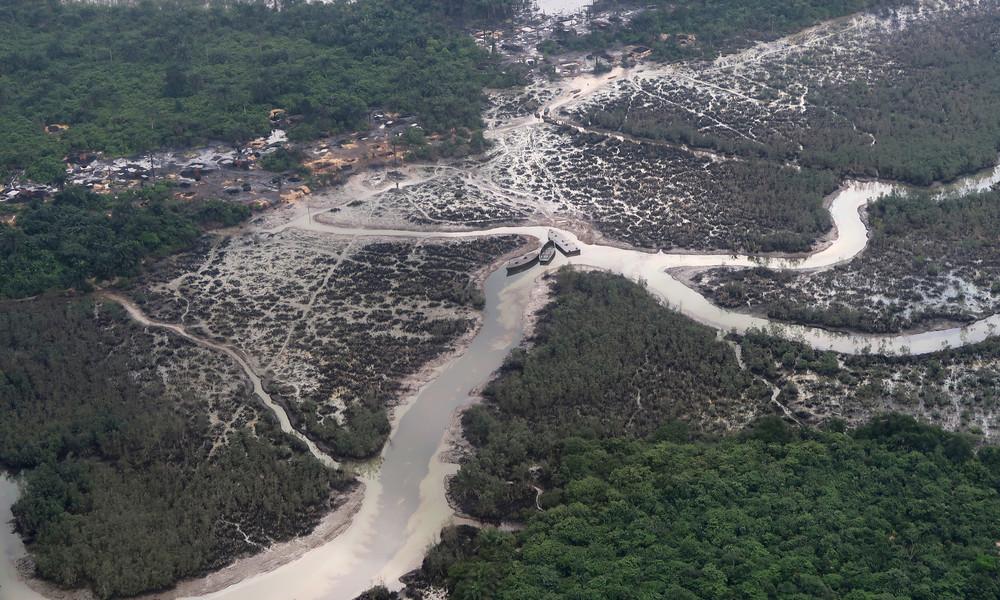 Gerichtsurteil: Shell muss fast eine halbe Milliarde US-Dollar für Ölkatastrophe in Nigeria zahlen