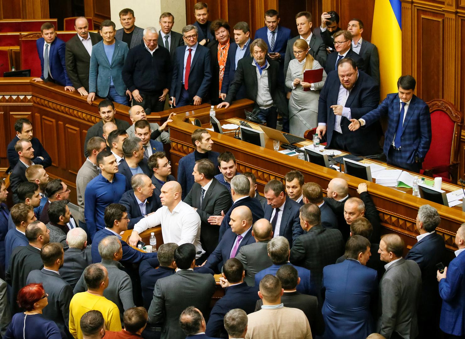 """Ukraine: Partei des Präsidenten verliert Wähler an """"prorussische"""" Partei"""