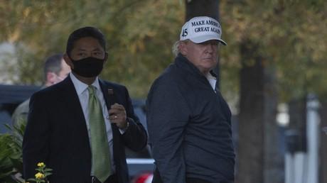 US-Präsident Donald Trump kehrt am 7. November 2020 nach einer Golfpartie ins Weiße Haus zurück.