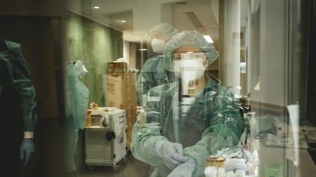 """Studie: Intensivbetten waren vor allem mit COVID-""""Verdachtsfällen"""" belegt"""