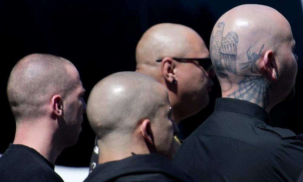 """Bundesinnenminister Seehofer verbietet Neonazi-Gruppe """"Wolfsbrigade 44"""""""