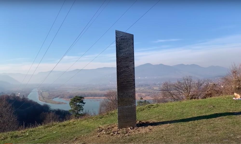 Mysteriöse Metallsäule erscheint wieder – diesmal in Rumänien