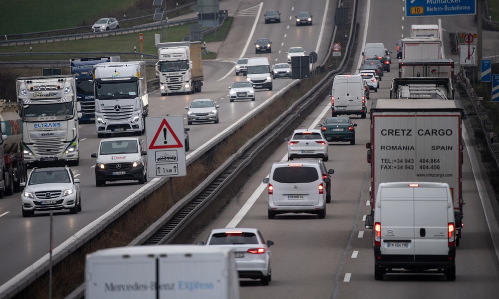 Scheuer unter Druck: Kosten für die Bundesfirma Autobahn GmbH achtmal so hoch wie geplant