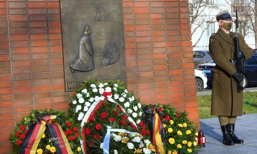 50 Jahre Kniefall von Willy Brandt – Würdigung in der Politik mit antirussischer Zielrichtung