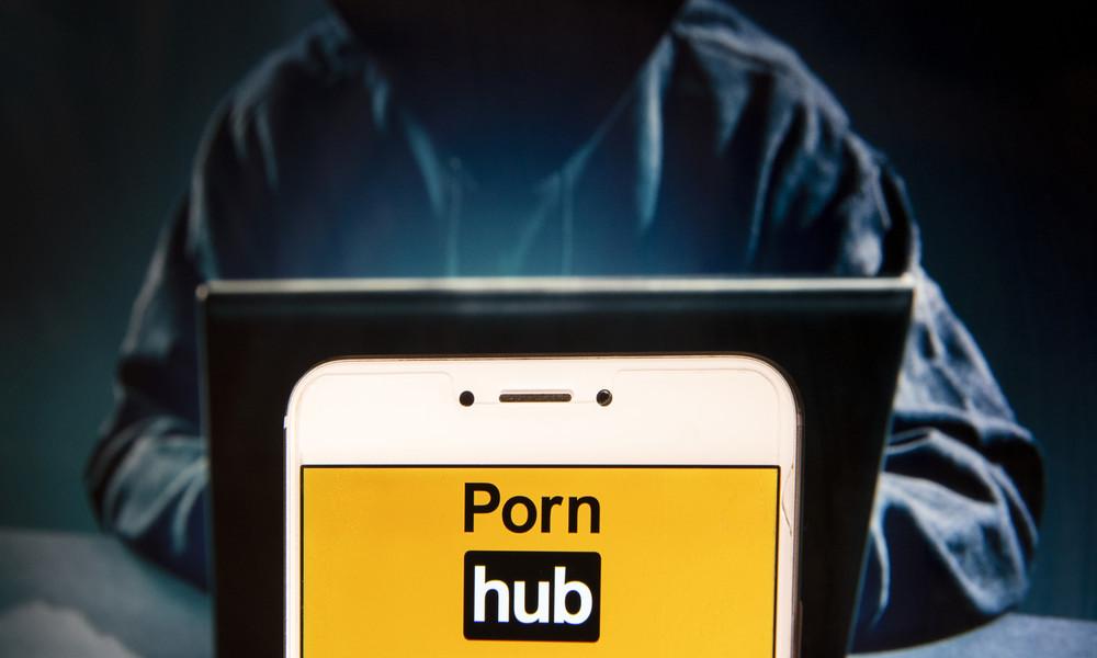 Nicholas Kristof: Pornoseite Pornhub verdient an Minderjährigen ohne ihre Zustimmung