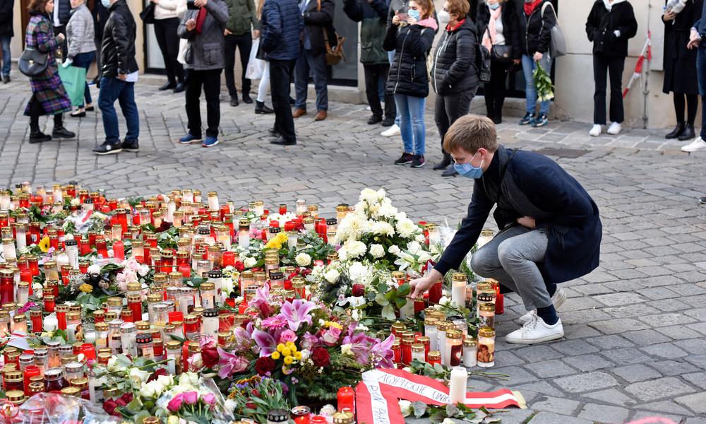 Unbekannte verwüstet Terror-Gedenkstätte in Wiener Innenstadt – Verdächtige befragt